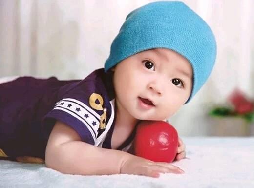大眼睛漂亮男婴儿图片_长睫毛大眼睛婴儿图片手机壁纸