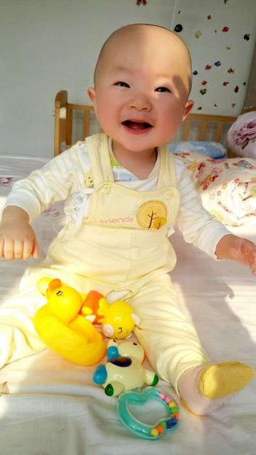 宝宝八个月喝奶粉就干呕