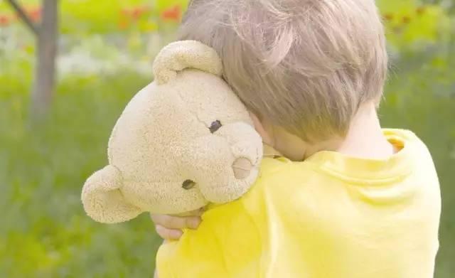 乖孩子式的教育,也在伤害孩子的内心_01 在很